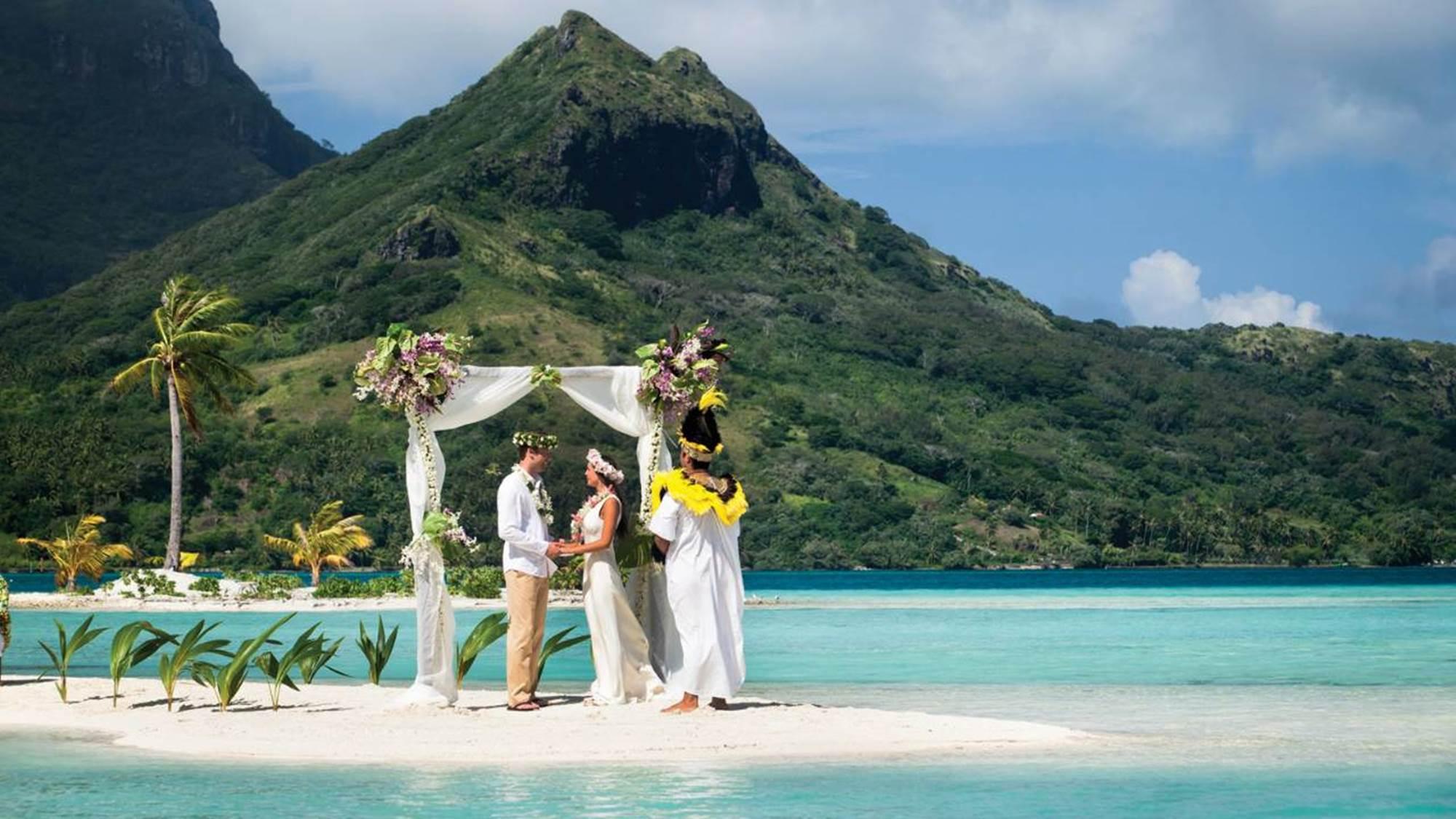 Matrimonio in Polinesia al The Four Season Bora Bora Resort